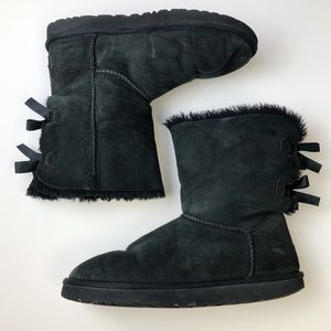 Ugg Bailey Bow II Black Women's Size 11 Snow Boots